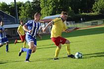 Fotbalová příprava: Junior Strakonice - Sousedovice 5:1.