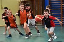 Nešlo o žádné body, ale užít si basketbal.