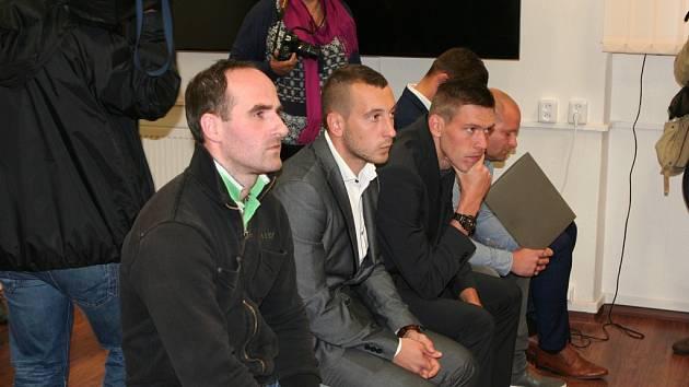 Okresní soud ve Strakonicích začal řešit fotbalovou korupci.