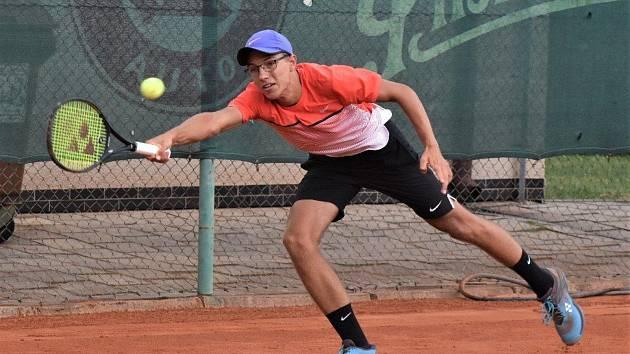 O víkendu 6. a 7. července se na kurtech strakonického tenisového klubu odehrál celostátní turnaj dospělých kategorie B.