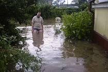 Špačkovna na Volyňské ve středu 1. července ve 21.30 hodin.Ve sklepě bylo 130 cm vody.