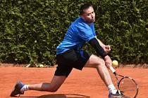 Strakoničtí tenisté podlehli céčku Mostu 2:7.