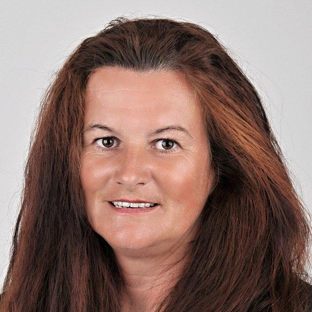 Iva Tvrdá 47let, učitelka ZŠ, ČSSD