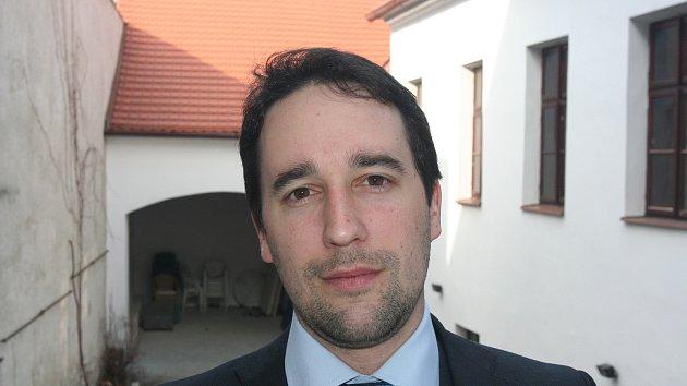 Vedením společnosti byl představenstvem pověřen bývalý obchodní ředitel Josef Eigner.