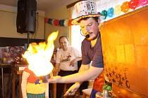 Dětský maškarní bál ve Velké Turné byl plný zábavy a přišel i kouzelník.