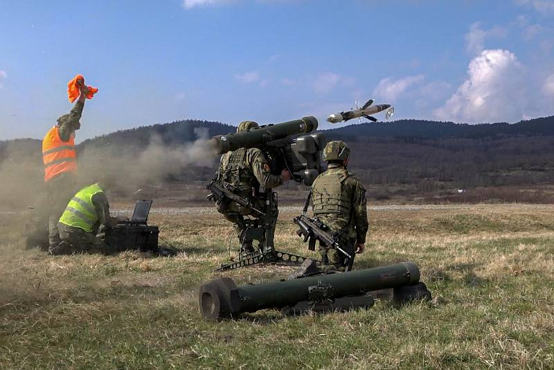 Bojové střelby z protiletadlového kompletu RBS-70.