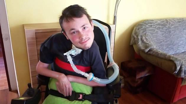 Sbírka na nový vozík pro handicapovaného Václava Srnce.