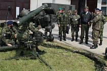 Vojáci předvedli návštěvě komplet RBS-70.