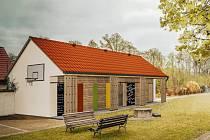 Nové venkovní prostory pro výuku na zahradě ZŠ Malenice.