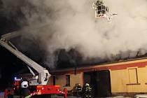 Nedělní požár v obci Hájek.
