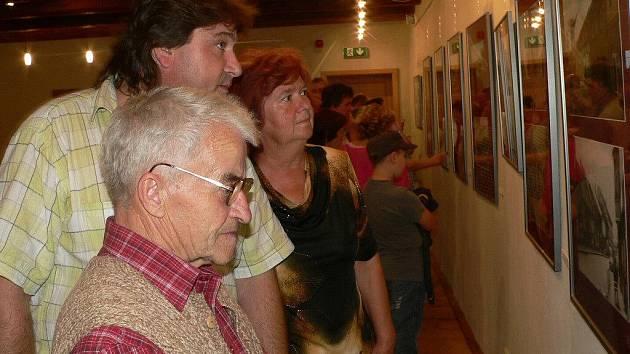 Snímek je z výstavy Strakonice v proměnách času, která v Maltézském sále právě začala.