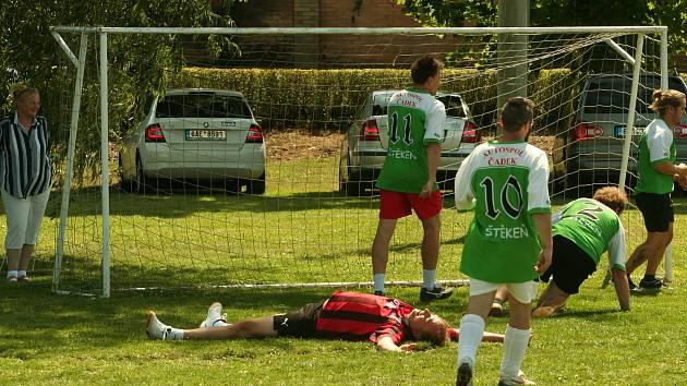 Součástí pouti byl fotbalový zápas Ženatí versus Svobodní, který skončil výsledkem 9:6. Nechyběly ani pouťové atrakce.