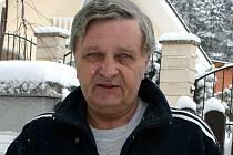 Rybář a spisovatel Stanislav Kovář.