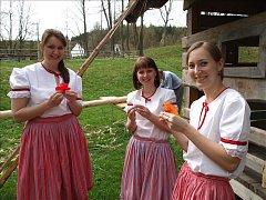 Přišlo jaro do vsi na mlýnu Hoslovice.