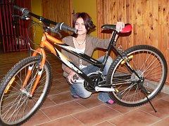 Děti z dětského domova ve Volyni mají nová kola.
