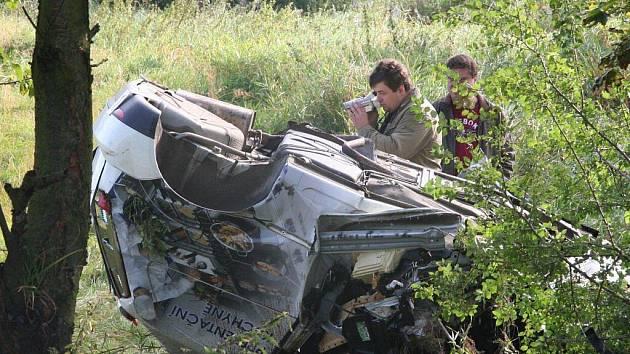 Při nehodě zemřel řidič tohoto vozu.