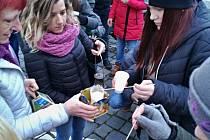 Vánoční setkání ve Vodňanech pomohlo podpořit Domov Žlutý petrklíč na Lomci.