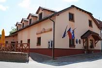 Nové společenské centrum v Truskovicích.