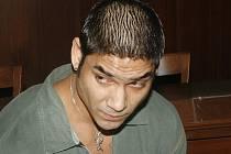 Milan Pohlodko podle obžaloby úmyslně usmrtil svou dvouměsíční dceru.