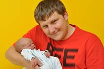 Antonín Stulík, Horažďovice, 4.6. 2017 v 6.09 hodin, 3400 g. Malý Antonín je prvorozený.