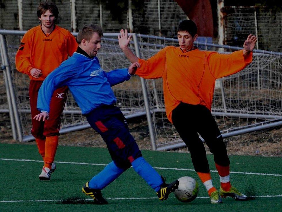 Strakoničtí dorostenci prohrávali s Vimperkem v půli 1:2, nakonec vyhráli 5:2.