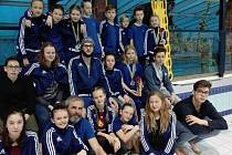 Plavci Fezka přivezli 20 medailí.