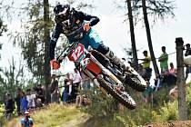 Motokrosový závodník. Ilustrační foto.