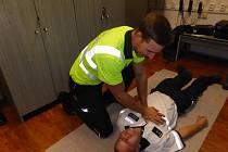 Policisté z Dopravního inspektorátu Strakonice se v úterý 12. listopadu 2019 zúčastnili odborného školení záchranářů,