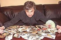 Sběratel pohlednic Kamil Kristen Brzák je velkým milovníkem Veltrus.