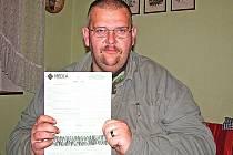 Miloš Homolka i jeho matka Emilie v září podepsali přihlášku k nové pojišťovně Média.