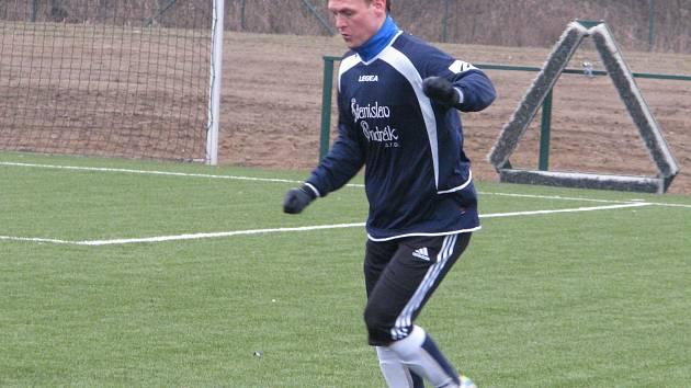 SK Hrobce-Roudnice - Sokol Ovčáry (v modrém); přípravné utkání; 14. února 2014.
