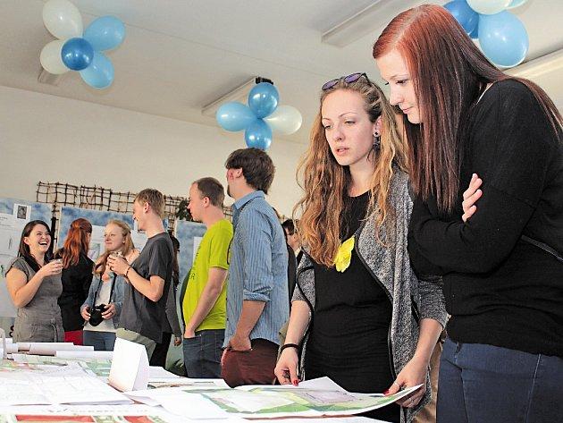 Výstava studentských prací ČZA v Mělníku.
