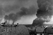 Fotografie dokumentující nálet z roku 1945