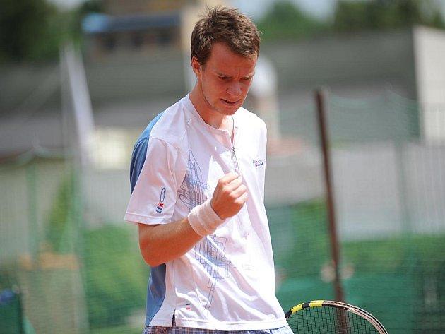 Odchovanec mělnického tenisu Jan Šátral.