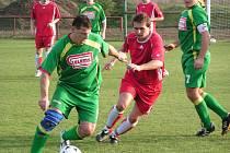 Lužec (v zeleném) - Luštěnice (1-0)