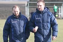 NOVÁ ROLE. Jiří Brunclík (vpravo) už si před časem práci u divizního týmu Neratovic vyzkoušel coby asistent Jiřího Kafky. Nyní bude sám hlavním koučem.