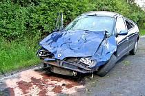 Renault byl po nehodě zničený, škody se blíží ke sto padesáti tisícům korun.