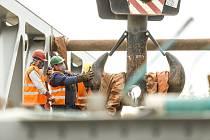 Lužec nad Vltavou bude mít první zdvižní železniční most v České republice