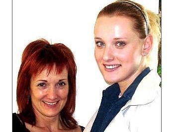 Tereza Šolcová s matkou.