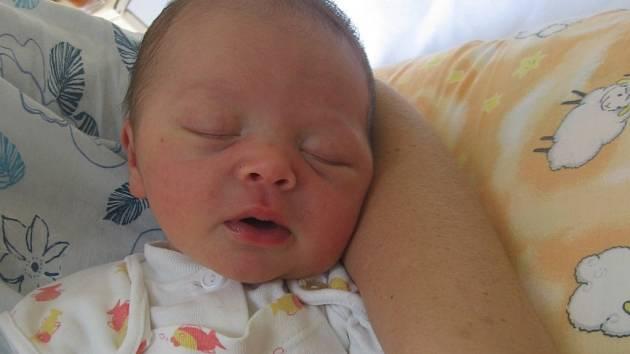 Filip Mokrý se rodičům Tereze Kašpárkové a Romanovi Mokrému ze Dřís narodil 5. října 2012, vážil 4,27 kg a měřil 52 cm.