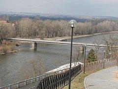 Most Josefa Straky v Mělníku, přezdívaný starý most.