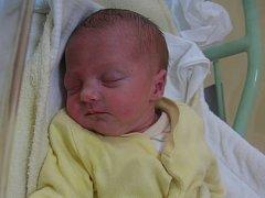 Adéla Kůželová se rodičům Kateřině a Martinovi z Odolené Vody narodila v mělnické porodnici 7. dubna 2014, vážila 2,20 kg a měřila 45 cm.