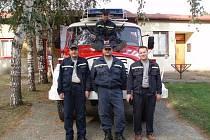 Čtyřčlenné družstvo chloumeckých hasičů