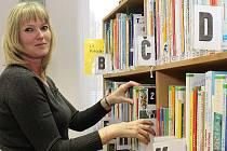 V kralupské knihovně mají čtenáři na výběr ze skoro dvaapadesáti tisíc svazků.
