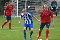 TJ Řepín (v modrém) - FK Vysoká (0:1); 4. kolo I. B třídy; 14. září 2014