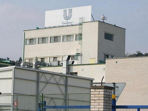 Podnik Unilever v Nelahozevsi.