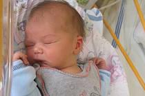 Lukáš Kořínek se rodičům Petře a Jaroslavovi ze Snědovic narodil v mělnické porodnici 18. května 2015, vážil 3,58 kg a měřil 53 cm. Na brášku se těší 21měsíční Eliška.