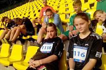 Na republikovém finále rivalita mezi žáky škol z Mělnicka takřka neexistovala. I proto se klidně sešli na jedné tribuně.