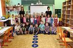 Žáci 1.B ze ZŠ Jungmannovy sady v Mělníku paní učitelky Renáty Lisznerové.