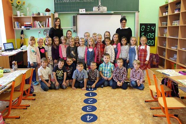 Žáci 1.B ze ZŠ Jungmannovy sady vMělníku paní učitelky Renáty Lisznerové.
